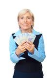 Opgewekte oudste die Roemeens geld toont royalty-vrije stock foto