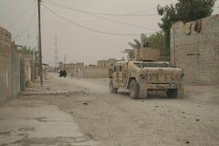 Opgezette patrouille in Zuidelijk Bagdad, Irak Stock Fotografie