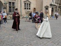 Ophélie et Polonius avec des touristes photo stock