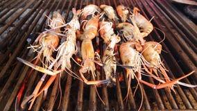Opieczenie garnele, Piec na grillu owoce morza na bbq zbiory