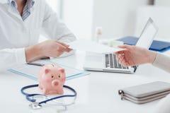 Opieka zdrowotna i ubezpieczenie medyczne obraz royalty free