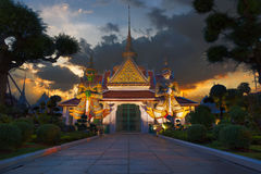 Opiekuny Wat Arun fotografia royalty free
