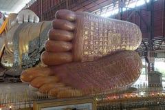 Opierać Buddha, szczegół stopa Zdjęcie Stock