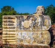 Opierający Buddha Ayutthaya zakończenie symmetic cieki prawie Zdjęcia Royalty Free