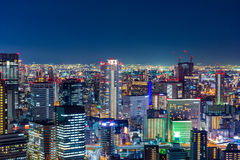 Opinião aérea bonita da noite Osaka Cityscape, Japão Imagem de Stock