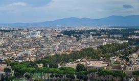 Opinião aérea da arquitetura da cidade de Roma, Itália foto de stock