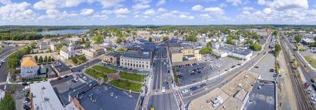 Opinião aérea da câmara municipal de Framingham, Massachusetts, EUA Fotografia de Stock Royalty Free