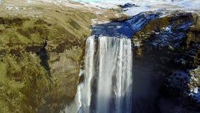 Opinião aérea da cachoeira de Sgogafoss video estoque