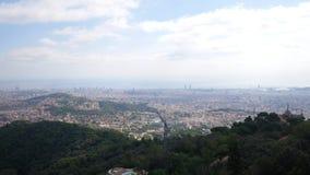 Opinião aérea da cidade de Barcelona Vista geral da cidade Vista excitante vídeos de arquivo