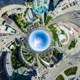 Opinião aérea da cidade Paisagem urbana Tiro do helicóptero Imagem panorâmico Imagem de Stock