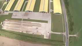 Opinião aérea da exploração agrícola industrial filme