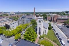 Opinião aérea da igreja de Lowell, Massachusetts, EUA imagens de stock