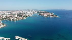 Opinião aérea da metragem do zangão da Croácia do porto de Zadar vídeos de arquivo