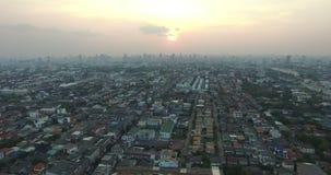 Opinião aérea da skyline de Banguecoque Tailândia filme