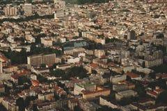 Opinião aérea da skyline - paisagem da cidade Foto de Stock