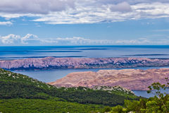 Opinião aérea das ilhas croatas de Velebit fotografia de stock royalty free