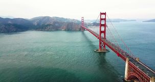 Opinião aérea de golden gate bridge, San Francisco, EUA filme