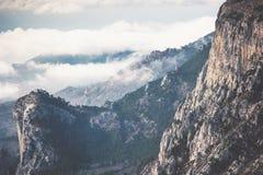 Opinião aérea de Rocky Mountains Landscape Travel foto de stock