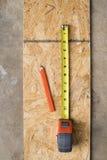 Opinião aérea do ângulo largo das ferramentas do carpinteiro Foto de Stock