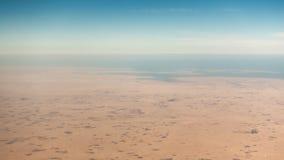 Opinião aérea do deserto litoral fotos de stock