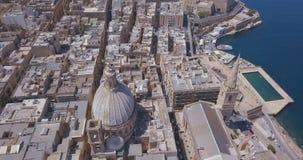 Opinião aérea do panorama o capital antigo de Valletta, Malta video estoque