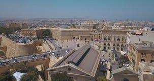 Opinião aérea do panorama o capital antigo de Valletta, Malta filme