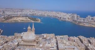 Opinião aérea do panorama o capital antigo de Valletta, Malta vídeos de arquivo