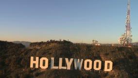 Opinião aérea do sinal famoso de hollywood video estoque