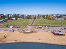 Opinião aérea Encarnacion em Paraguai que negligencia a praia de San Jose imagem de stock royalty free