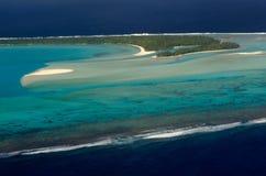 Opinião aérea o cozinheiro Islands da lagoa de Aitutaki Fotos de Stock
