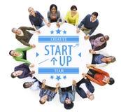 Opinião aérea povos multi-étnicos com conceito Startup do negócio Imagens de Stock Royalty Free