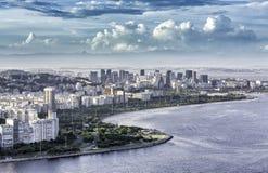 Opinião aérea Rio de janeiro Downtown com nuvens dramáticas imagens de stock royalty free