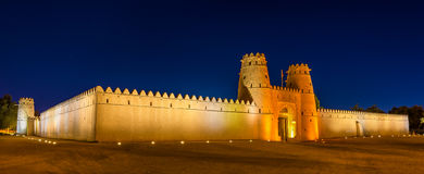 Opinião Al Jahili Fort em Al Ain imagens de stock royalty free