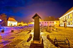 Opinião barroco da noite do quadrado da arquitetura de Varazdin Foto de Stock Royalty Free