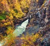 Opinião bonita da manhã da garganta do rio de Mulkhra fotos de stock royalty free
