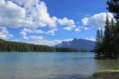 Opinião bonita do lago Imagens de Stock Royalty Free