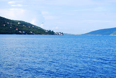 Opinião bonita do mar da costa mediterrânea Fotos de Stock
