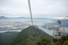 Opinião bonita do panorama do interior do teleférico do sibilo 360 de Ngong imagem de stock royalty free