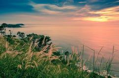 Opinião bonita do por do sol em Tailândia fotografia de stock royalty free