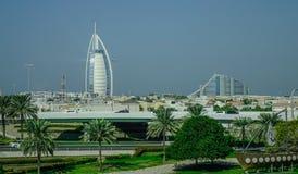 Opinião Burj Al Arab Hotel em Dubai fotos de stock royalty free