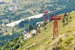 Opinião Campo Imperatore do pilão do cabo aéreo, Abruzzo, Itália Fotos de Stock