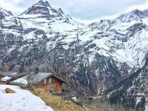 Opinião catita da aldeia da montanha Fotos de Stock Royalty Free