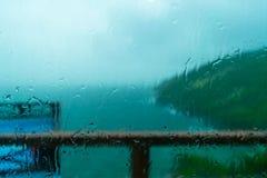 A opinião chovendo do mar Fotografia de Stock