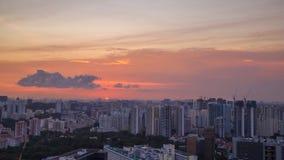 Opinião da arquitetura da cidade da cidade de Singapura no por do sol video estoque