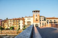 Opinião da arquitetura da cidade de Verona imagem de stock