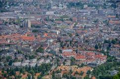 Opinião da arquitetura da cidade de Zurique, Suíça fotografia de stock