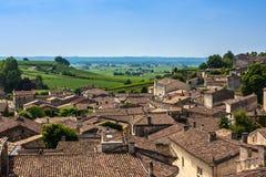 Opinião da arquitetura da cidade em Saint Emilion, Gironda, Aquitaine, França imagem de stock royalty free