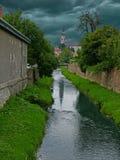 Opinião da cidade antes do temporal Foto de Stock