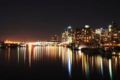 Opinião da cidade da noite de Vancôver da baixa em Stanley P Imagem de Stock