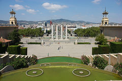 Opinião da cidade de Barcelona do palácio nacional Fotografia de Stock